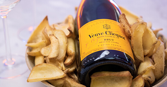 Offers - French fries and champagne