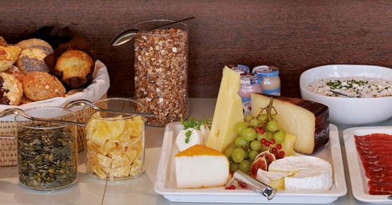 Reichhaltigen Frühstücksbuffet