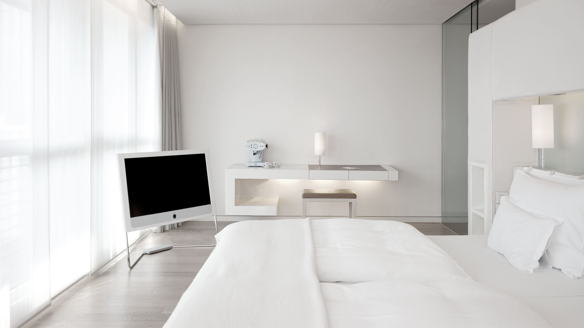 Rooms suites side hamburg for Suite hotel hamburg