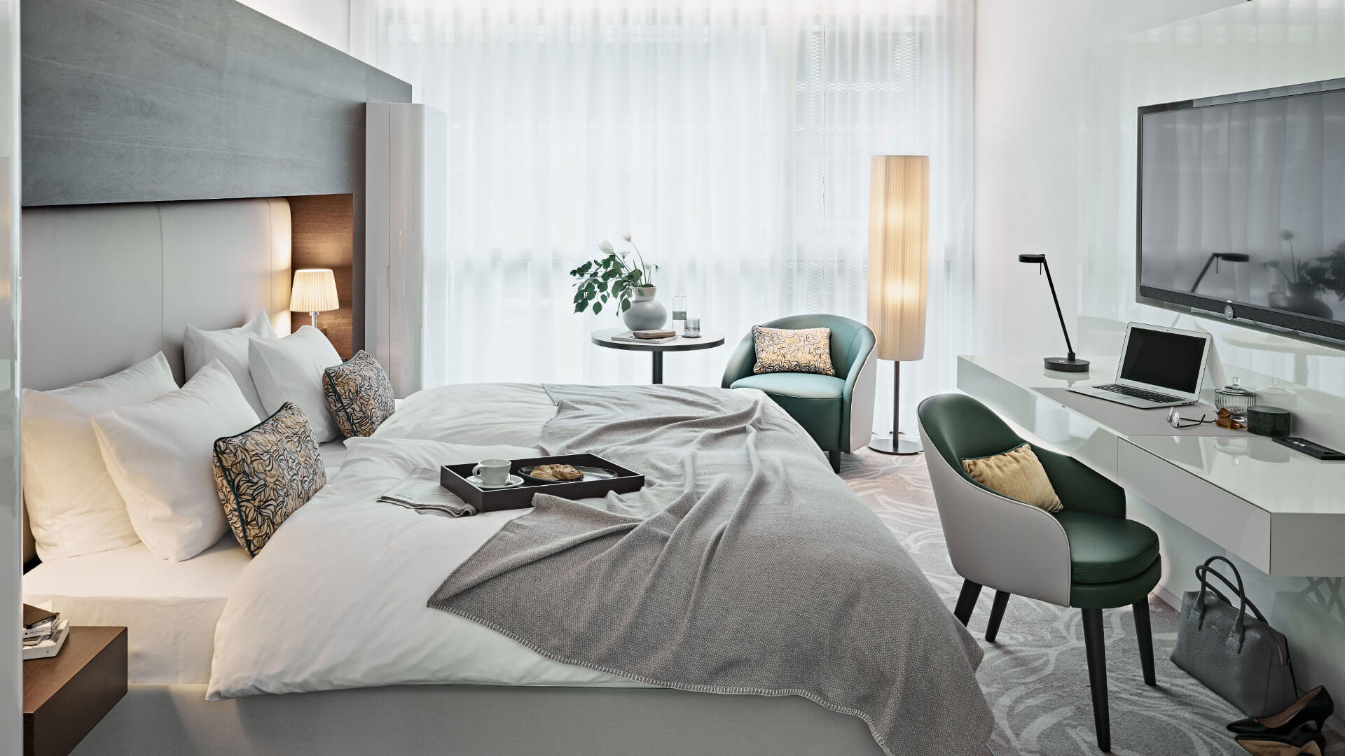 buchen sie hier ihr lieblings zimmer im side design hotel. Black Bedroom Furniture Sets. Home Design Ideas